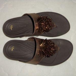 Bare Traps brown metallic bronze flip flops 6